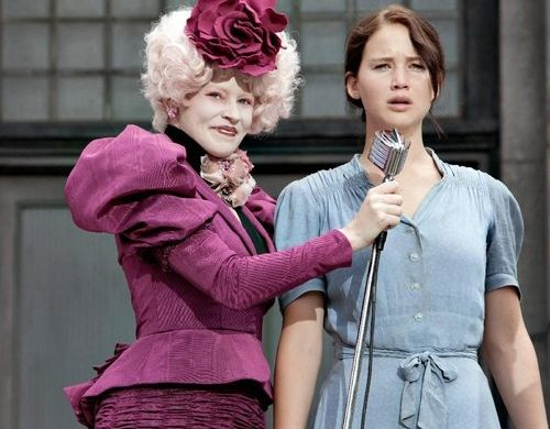 stills-hunger-games-effie-katniss--large-msg-132371026086